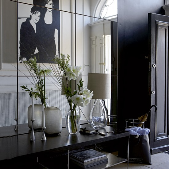 Dramatic black hallway | Georgian townhouse | House tour | Real homes | PHOTO GALLERY | Housetohome
