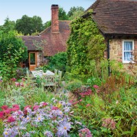 Take a tour around a country cottage garden