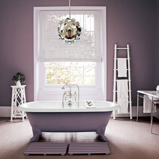 Pretty bathroom | Traditional bathroom | Image | Housetohome.co.uk