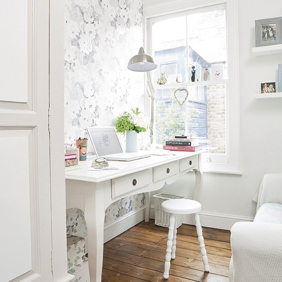 White home office | Small home office | Classic desk | Image