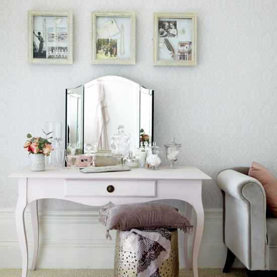 Bedroom dressing area with pearl accents | Traditional bedroom