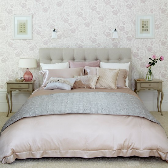Pastel pink bedroom | Traditional bedroom | Buttoned headboard | Image | Housetohome