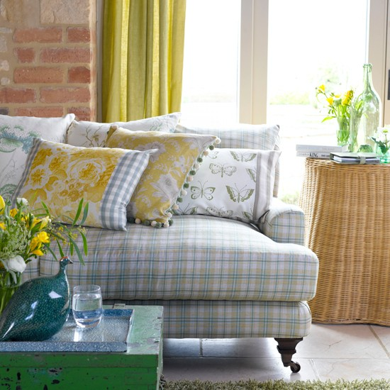 Spring-like country living room | Living room design | Living room colours | Image | Housetohome