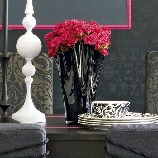 Dining room table setting | Dining room decorating ideas | Monochrome designs | PHOTO GALLERY | Housetohome