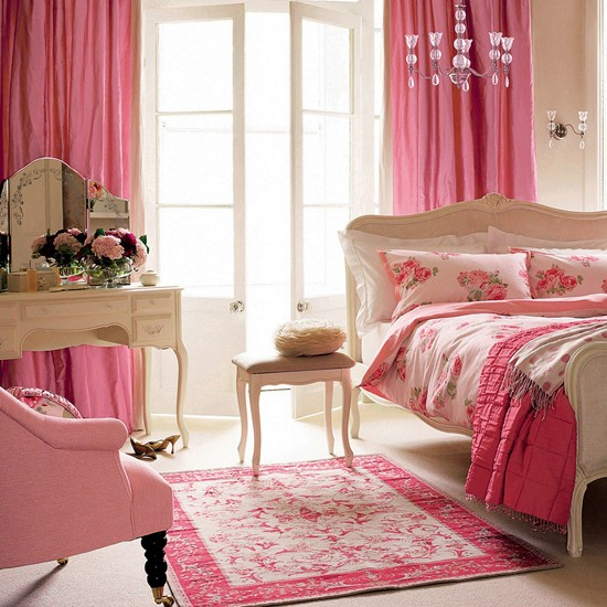 Girly bedroom teenage girls bedroom ideas housetohome for Bedroom ideas for teenage girls