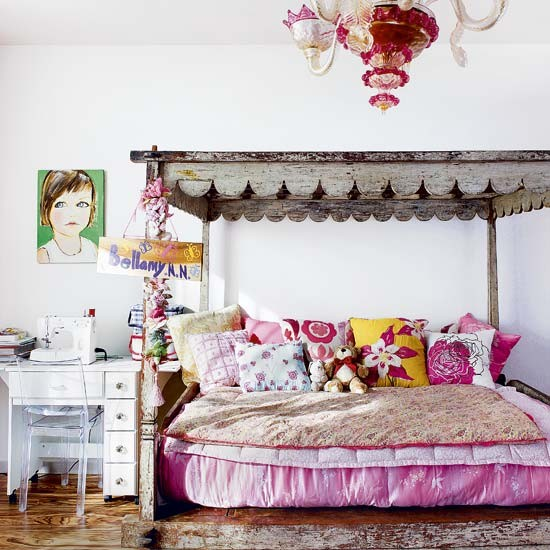 Girl 39 s bedroom designer style new york town house tour - New york girls room ...