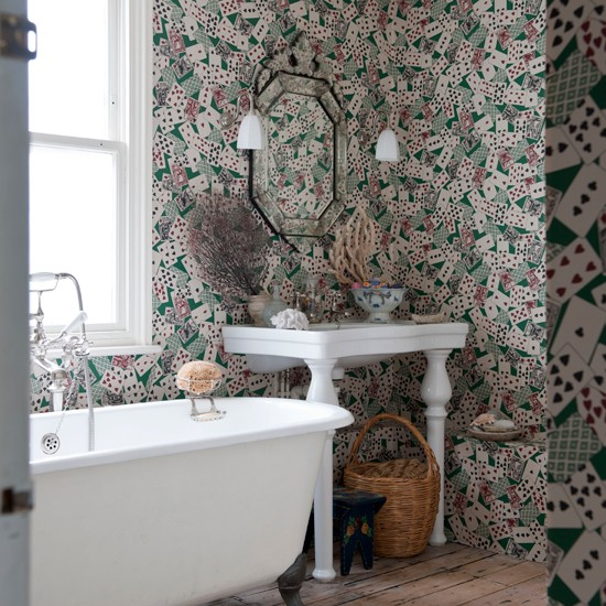 Bathroom with card patterned wallpaper unusual bathrooms - Wallpaper for bathrooms ideas ...