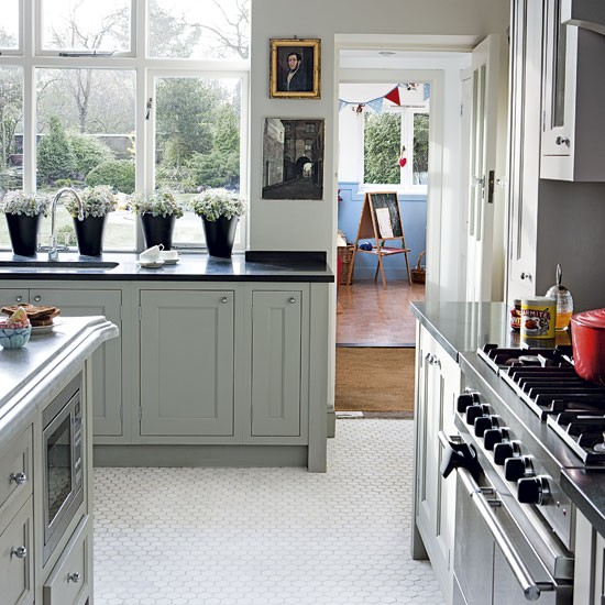 Today S Arts Crafts Kitchens: Take A Tour Around An Arts And Crafts Home
