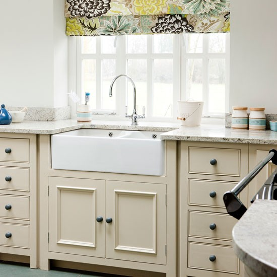 Kitchen sink ideal home kitchen makeover - Easy steps for a kitchen makeover ...