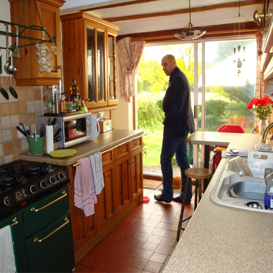 Kitchen before ideal home kitchen makeover - Easy steps for a kitchen makeover ...