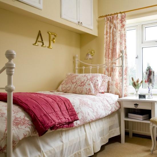 floral bedroom guest bedrooms 10 ideas