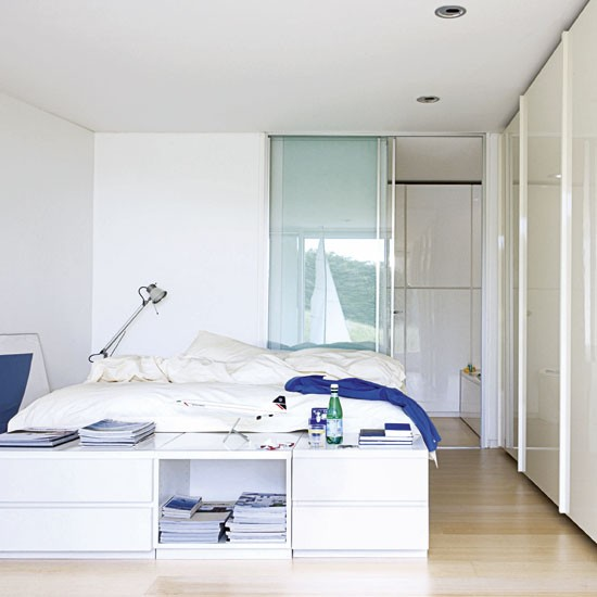 Bedroom minimalist house tour in dorset for Minimalist bedroom tour