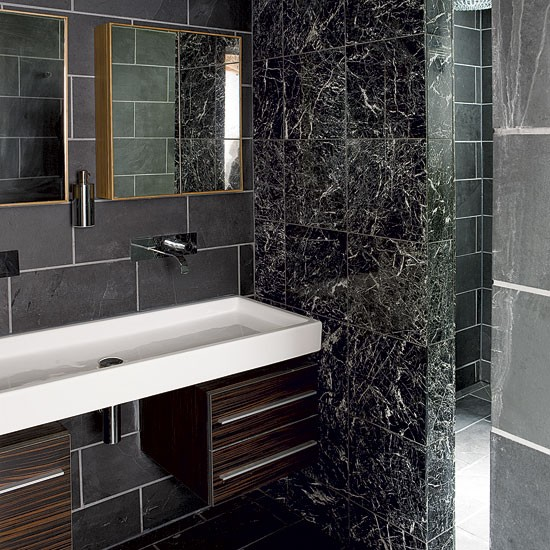 Bathroom step inside a sleek modernist house in kent for Bathroom designs kent