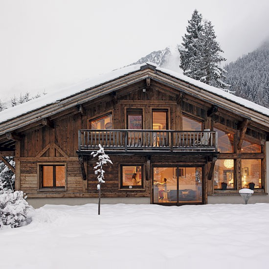 Romantic alpine chalet house tour - Chalet moderne ...