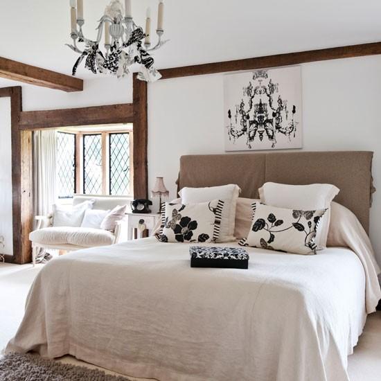 Master Monochrome Bedroom