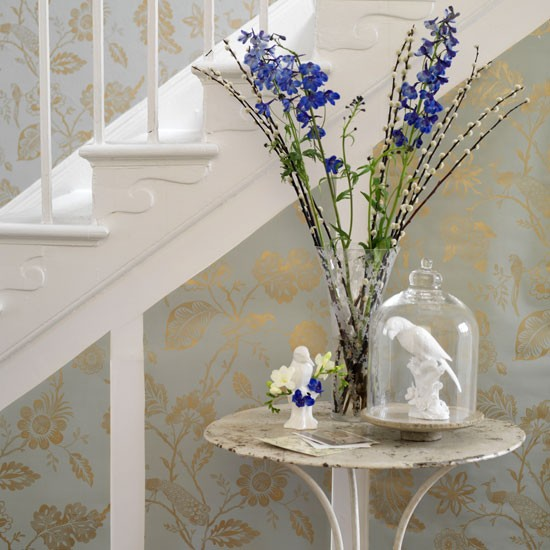 Wallpaper Designs For Hall : Pretty floral hallway idea housetohome