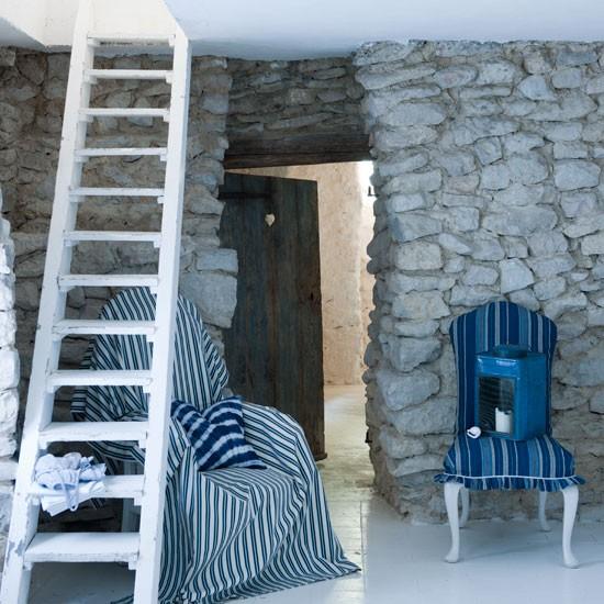 Nautical Home Decor Uk: Choose Understated Soft Furnishings
