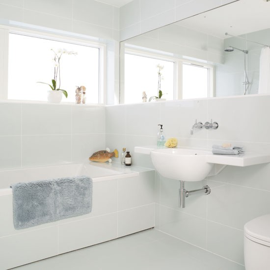 White mirrored bathroom | Bathroom idea | Bath | Image | Housetohome