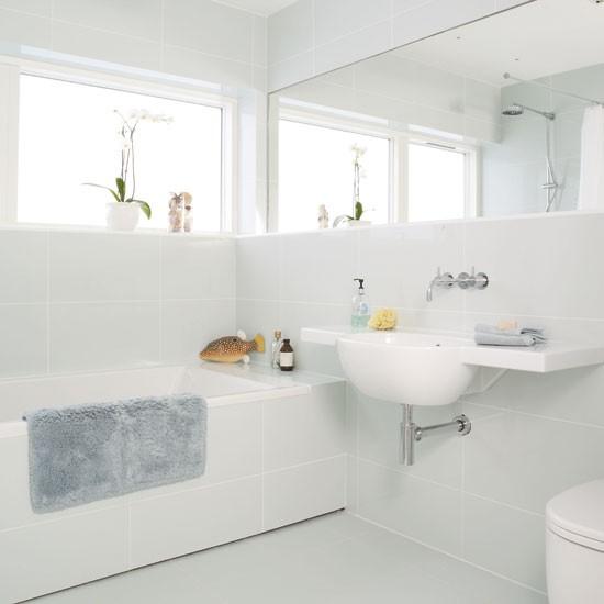 White mirrored bathroom | Bathroom idea | Bath | Image | Housetohome