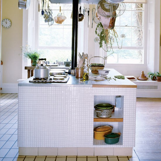 Kitchen island | Take a tour around Terence Conran's family home | House tours | PHOTO GALLERY | Housetohome.co.uk