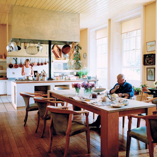 Kitchen-diner | Take a tour around Terence Conran's family home | House tours | PHOTO GALLERY | Housetohome.co.uk