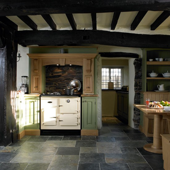 Slate kitchen flooring step inside this period country for Country kitchen flooring