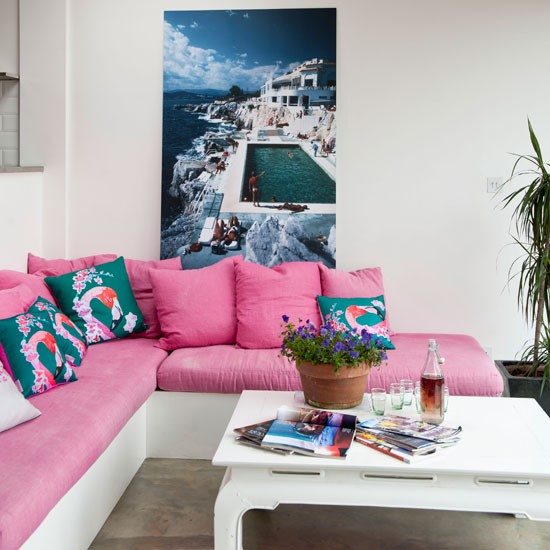 Palm Springs-esque living room | Living room idea | Pink cushion | Image | Housetohome