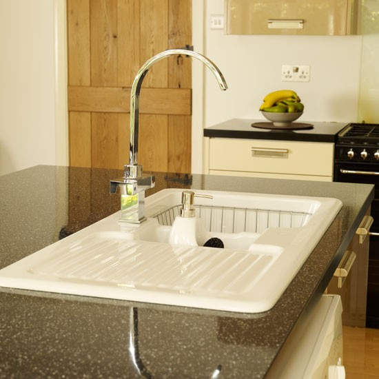 Cream Sinks For The Kitchen : Kitchen sink Extended kitchen-diner Kitchen makeovers Ideal Home ...