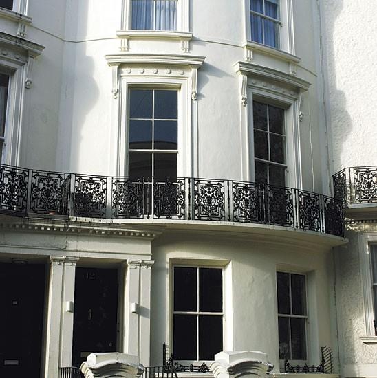 Restored regency house in brighton for Brighton house