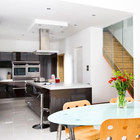 Open-plan kitchen | Open-plan monochrome kitchen | Beautiful Kitchens tour | PHOTO GALLERY | Housetohome