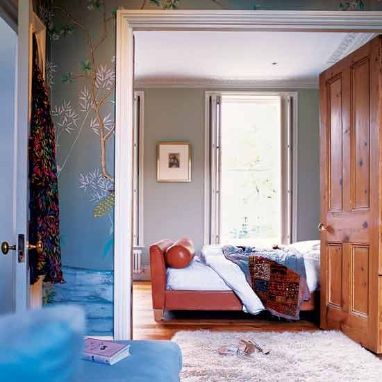 Bedroom georgian terraced house in west london for Bedroom designs london