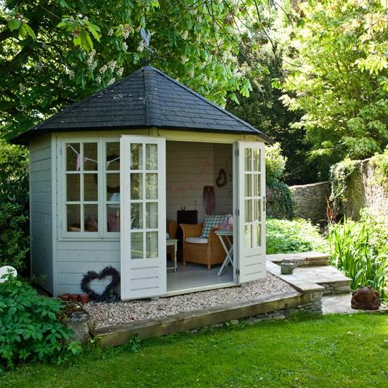 Country garden with summerhouse | Garden design idea | Shed | Image | Housetohome