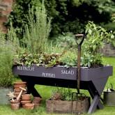 Create the perfect gardener's retreat