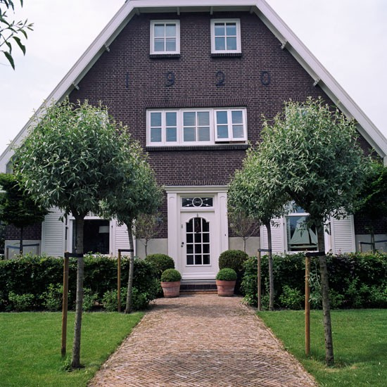 Step inside a colonial style dutch house for Classic dutch house of 60m2