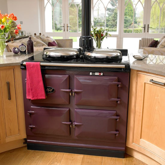 Purple Aga | Farmhouse kitchen tour | Traditional kitchen design | PHOTO GALLERY | Housetohome