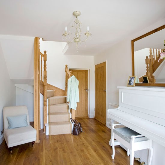 Make a music room | 10 space-saving hallway ideas | Hallways | Decorating ideas | Hallway design | PHOTO GALLERY | Housetohome