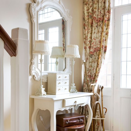 Add a dressing table | 10 space-saving hallway ideas | Hallways | Decorating ideas | Hallway design | PHOTO GALLERY | Housetohome