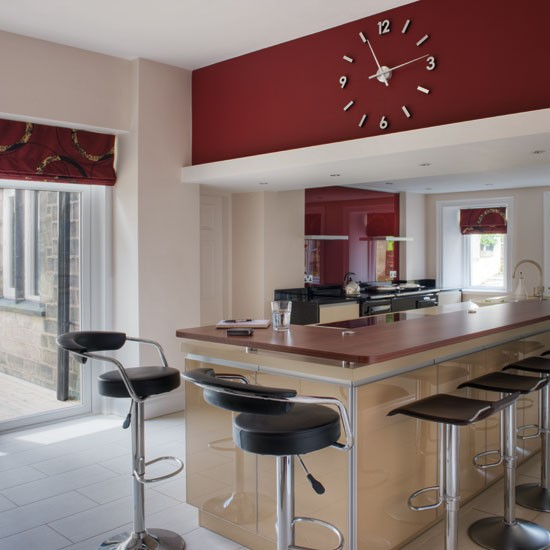 Amazing Kitchen clock | Dark red | Kitchen ideas | Beautiful Kitchens | PHOTO  550 x 550 · 55 kB · jpeg