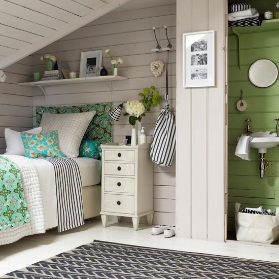 Guest bedroom with en-suite | Attic design idea | Decorating idea | Image | Housetohome