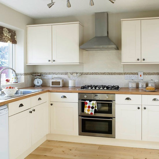 Be inspired by this simple shaker kitchen makeover for Shaker kitchen designs