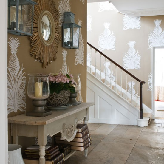 Brown country hallway | Console table | Hallway idea | Image | Housetohome
