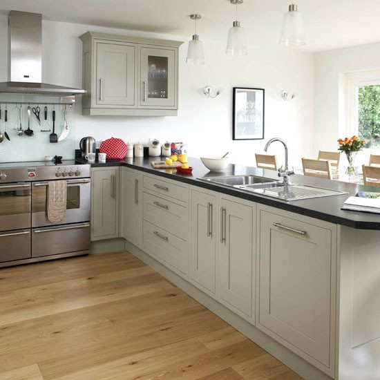 Be inspired by this contemporary open plan kitchen Contemporary open plan kitchen