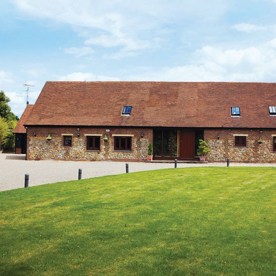 Exterior | Hertfordshire barn conversion | Country Homes & Interiors house tour | PHOTO GALLERY | Housetohome