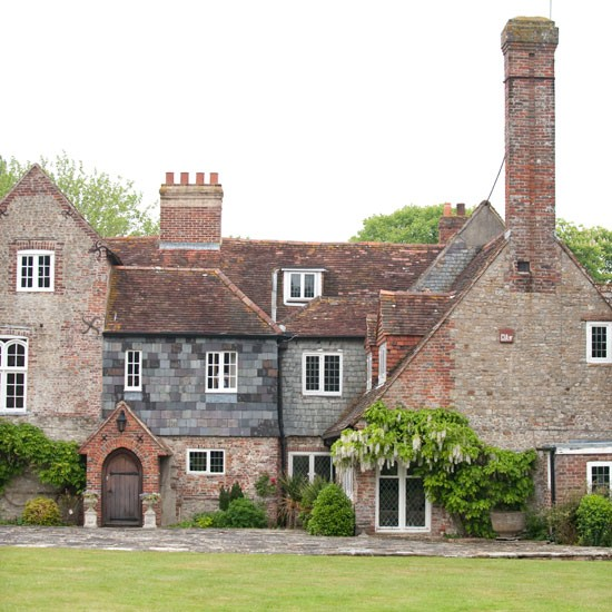 Exterior | West Sussex country house | Country Homes & Interiors house tour | PHOTO GALLERY | Housetohome