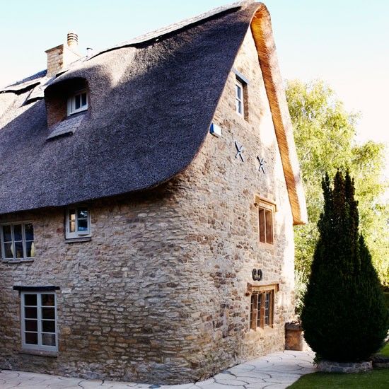Exterior | Be inspired by this warm and cosy cottage retreat | Country Homes & Interiors house tour | PHOTO GALLERY | housetohome
