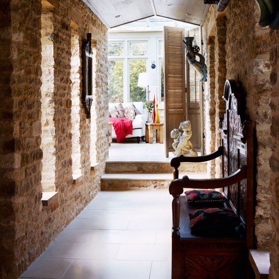 Hallway be inspired by this warm and cosy cottage retreat - Country cottage hallways ...