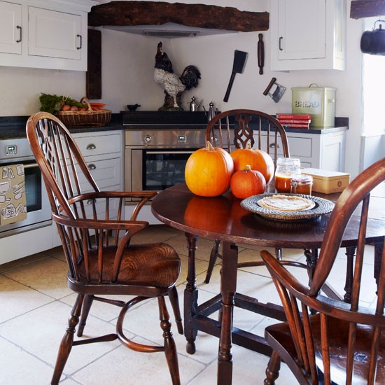 Kitchen | Be inspired by this warm and cosy cottage retreat | Country Homes & Interiors house tour | PHOTO GALLERY | housetohome