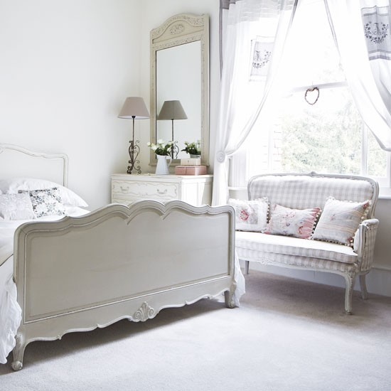 French inspired country bedroom white bedroom - Dormitorios vintage chic ...