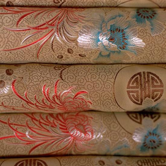 Use Silk Fabric to Make a