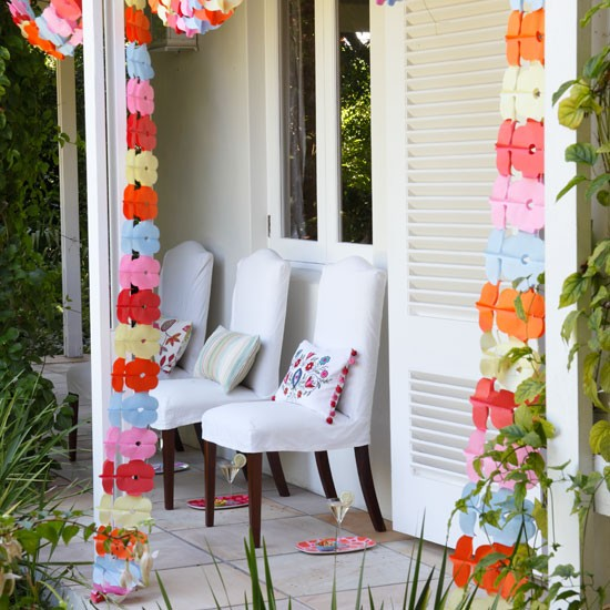 garden garlands garden decorations garden party ideas image